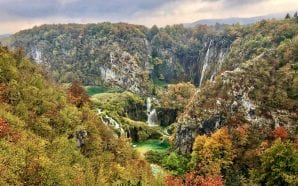 A riot of autumn colours in Plitvice Lakes!