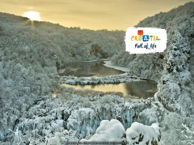 winter plitvice lakes
