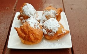 CROATIAN FRITULE – mini doughnuts traditionally served on Christmas Eve
